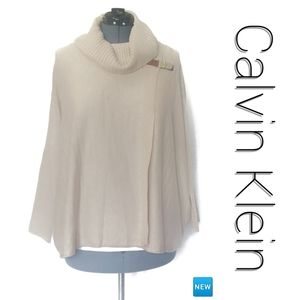 🆕 Cowl Neck Sweater Cape w/ Buckle NWT